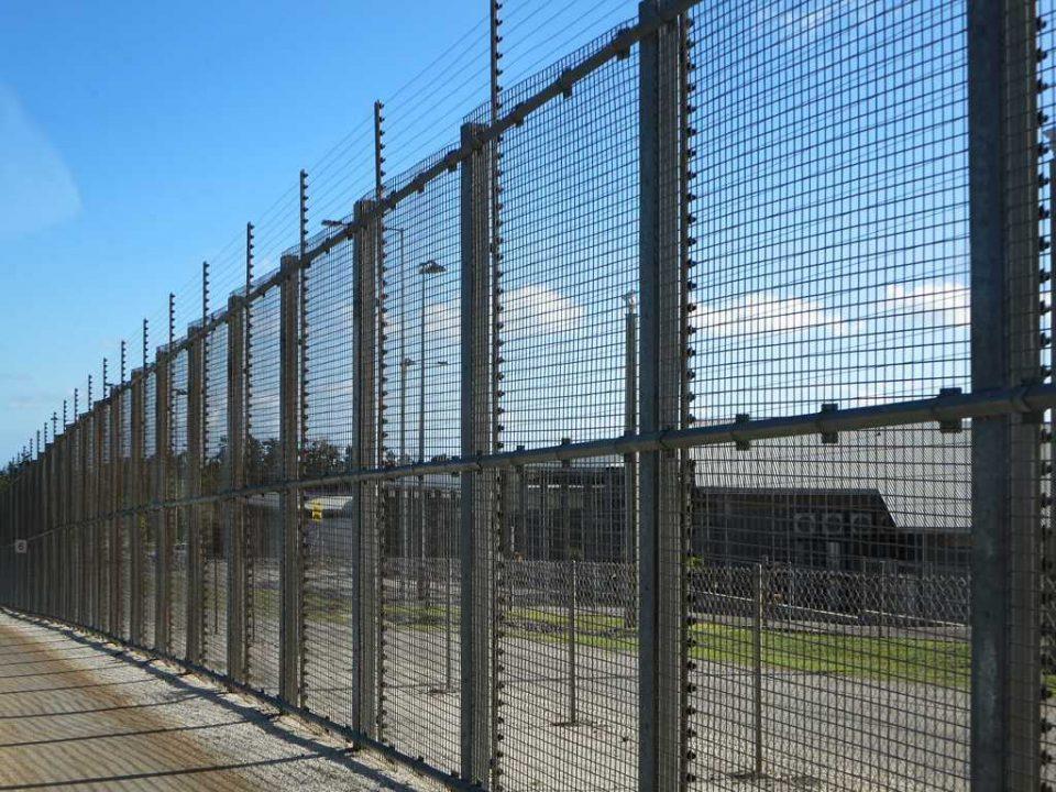 detainee compensation claim detention centre